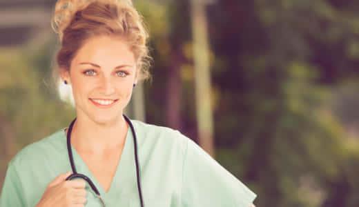 看護師の彼女って魅力的?看護師の女性と付き合うメリット・デメリットとは?