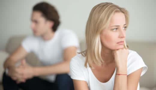 女性に嫌われてしまう男性の特徴とは?好かれるための方法も解説