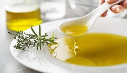 筋トレする人がオリーブオイルを摂るべき理由とは?おすすめレシピも解説